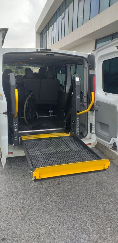 sougia taxi for Disabled people